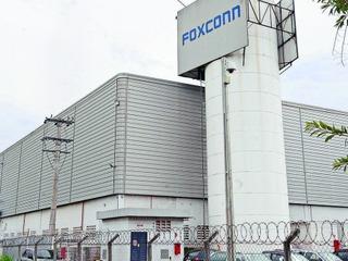 Funcionários da Foxconn em Jundiaí ameaçam entrar em greve