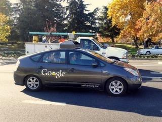 Carro sem motorista do Google recebe licença para andar nas ruas de Nevada