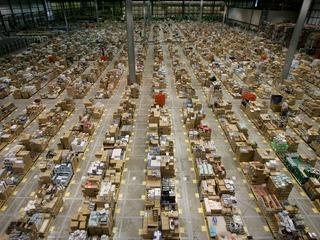 Compras no exterior de até US$ 1 mil devem ser isentas de impostos? Você pode opinar!!!