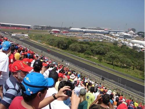 GP do Brasil de Fórmula 1 volta a ter dificuldade para esgotar os ingressos