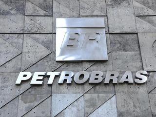 Fundação de Bill Gates processa Petrobras por perdas devido a corrupção
