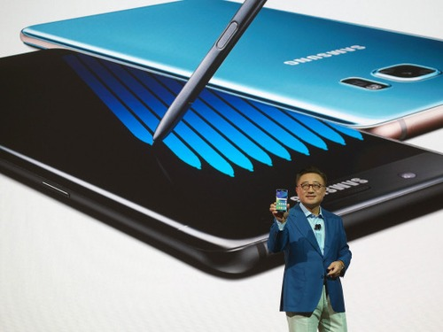 Samsung pede desculpas pelo Galaxy Note 7 explosivo e pede voto de confiança