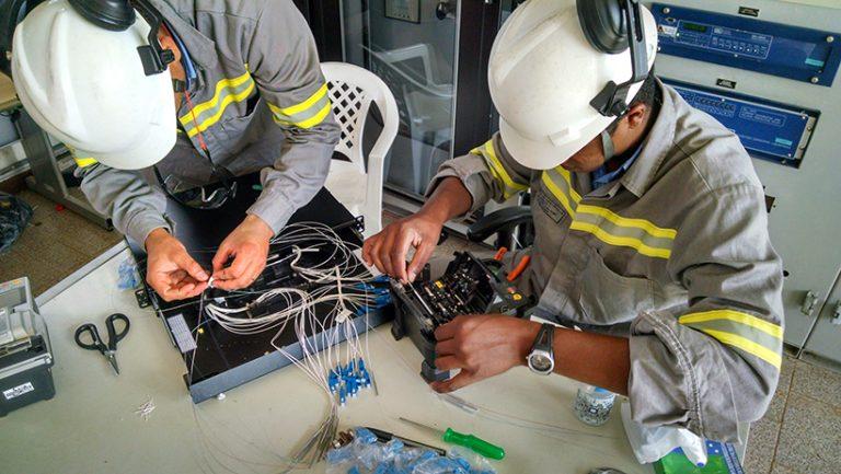 Cemig deve leiloar ativos de fibra óptica ao invés de vender unidade de telecomunicação