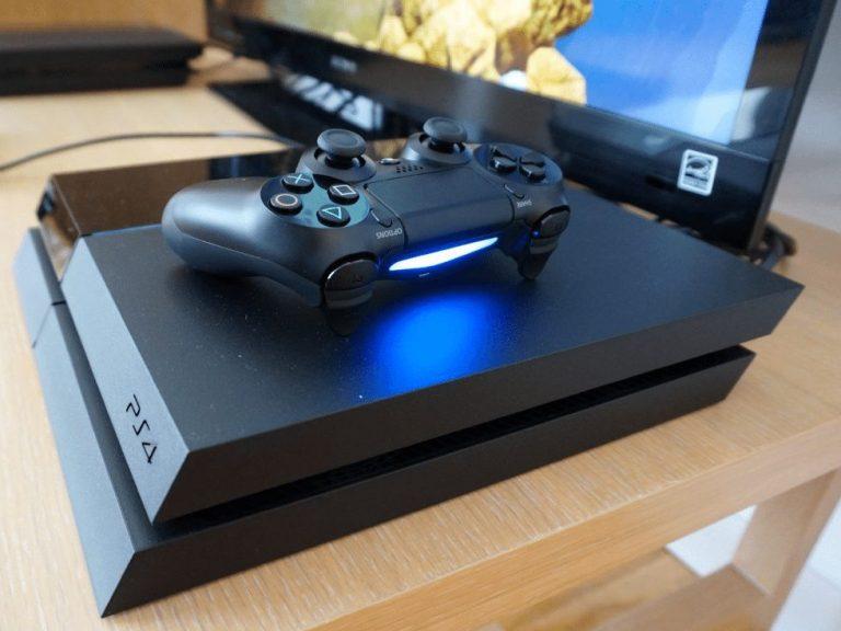 PlayStation 4 recebe atualização 5.53 que traz melhorias de performance