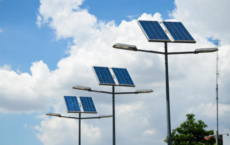 🔆 A viabilidade e eficiência da Energia Solar Fotovoltaica para o equipamento público de iluminação